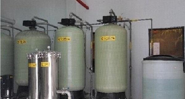 大連工業軟化水設備