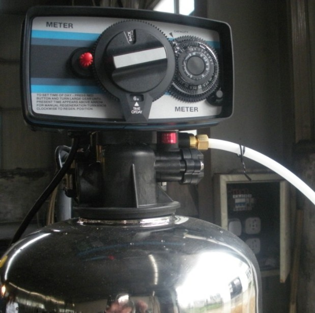 8吨单阀单罐软化水设备